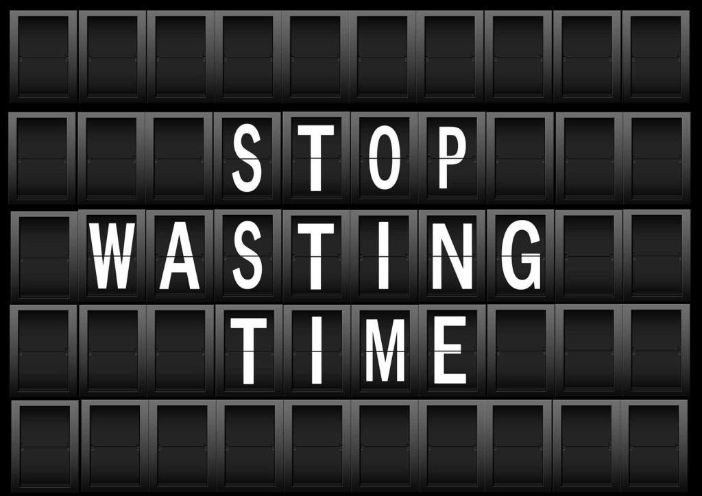 Stefan Oberprieler Virtueller Assistent hilft euch Zeit zu sparen! Schluss mit der Zeitverschwendung